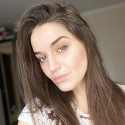 Anna Sizova Clubhouse