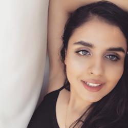 Roya Alimi Clubhouse