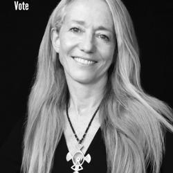 Lara Stein Clubhouse