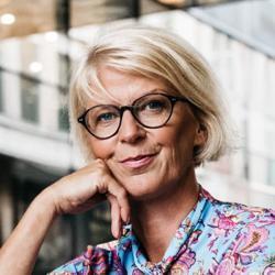 Elisabeth Svantesson Clubhouse