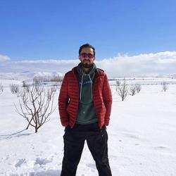 Reza Abbasi Clubhouse