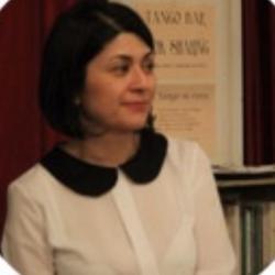 Parisa Nazari Clubhouse