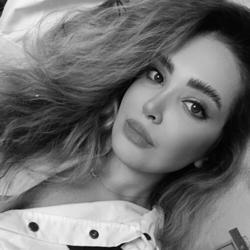 Sarina Zarieh Clubhouse