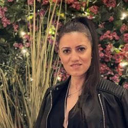 Neda Menhadge Clubhouse