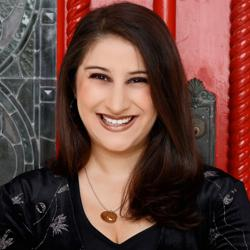 Juliana Frisoli Clubhouse