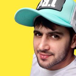 مسعود احتشامی Clubhouse