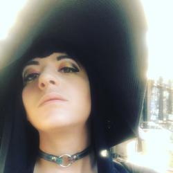 Rebecca-Emma Kaplan Clubhouse