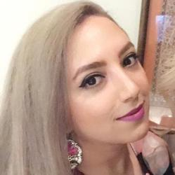 Maryam Zandieh Clubhouse
