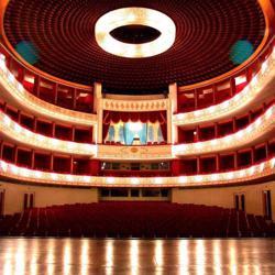 اپرا و موسیقی کلاسیک Clubhouse