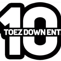 Ten Toez Down Clubhouse